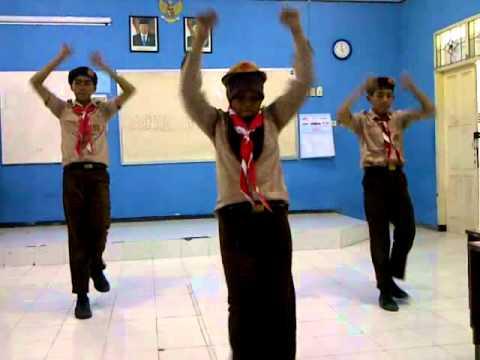 Senam Pramuka 9j video