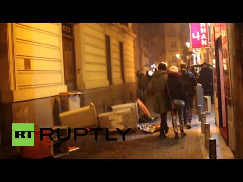 Spain: Police chase protesters off the streets after clashes