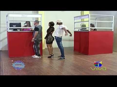Popolo Y Su Pegadera En La Fila De La Agencia De Envios - El Show De La Comedia