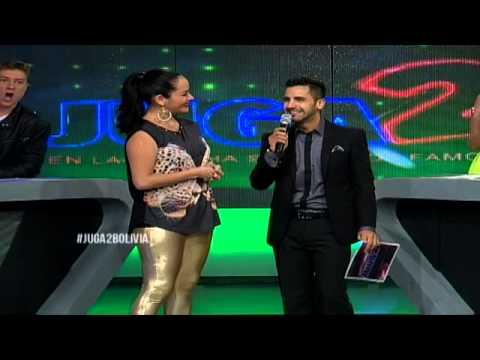 Pamela Muñoz ingresa a la cancha de los famosos