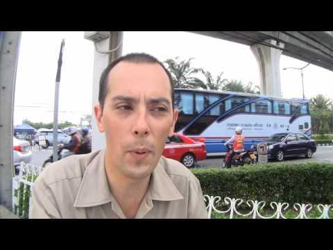 BTS Skytrain in Bangkok gets shutdown during rush hour