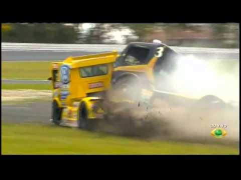 Formula Crash 2011 Formula Truck Brésilien 2011