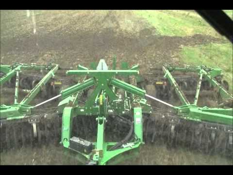 2012 John Deere 9560RT and John Deere 2623VT