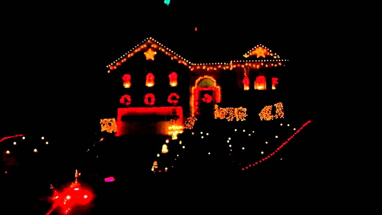 Christmas Light Show With Music