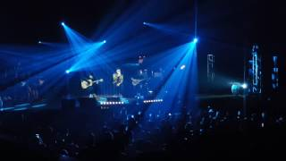 download lagu Afgan Sides Live In Singapore 2016 - Setia Menunggu gratis