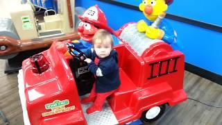 """BERT & ERNIE FIRE TRUCK Coin-op Amusement Ride """"Benjamin Freeze"""""""