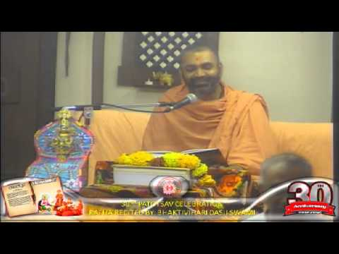 Cardiff Temple 30th Patotsav 2012 - Day 3 - Evening Vachnamrut Katha