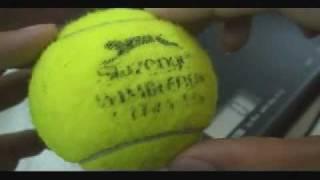 Thí nghiệm khả năng chống thấm nước của các loại bóng tennis