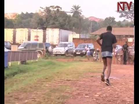 Rugby: Men run in skirts to fundraise for Lady Cranes