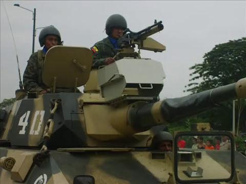 DESFILE MILITAR ECUADOR