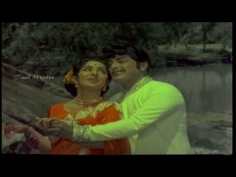 Kaadhalin Pon Veedhiyil HD Song