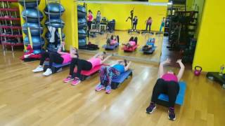 BOOT CAMP step ( circuit training )