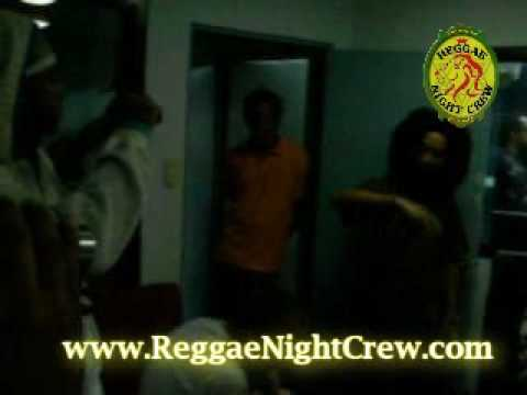 MILLION STYLEZ Interview @ Costa Rica (Reggae Night Crew) Beatz106 Jahricio Elijah Part 02