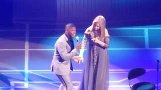 "Barbra Streisand and Jamie Foxx ""Climb every mountain"" , Barclays Center - 11 August 2016"