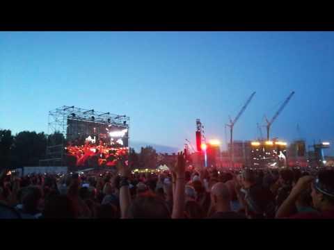 Jenny è Pazza-Silvia-Anima Fragile Gaetano Curreri e Vasco live Modena Park