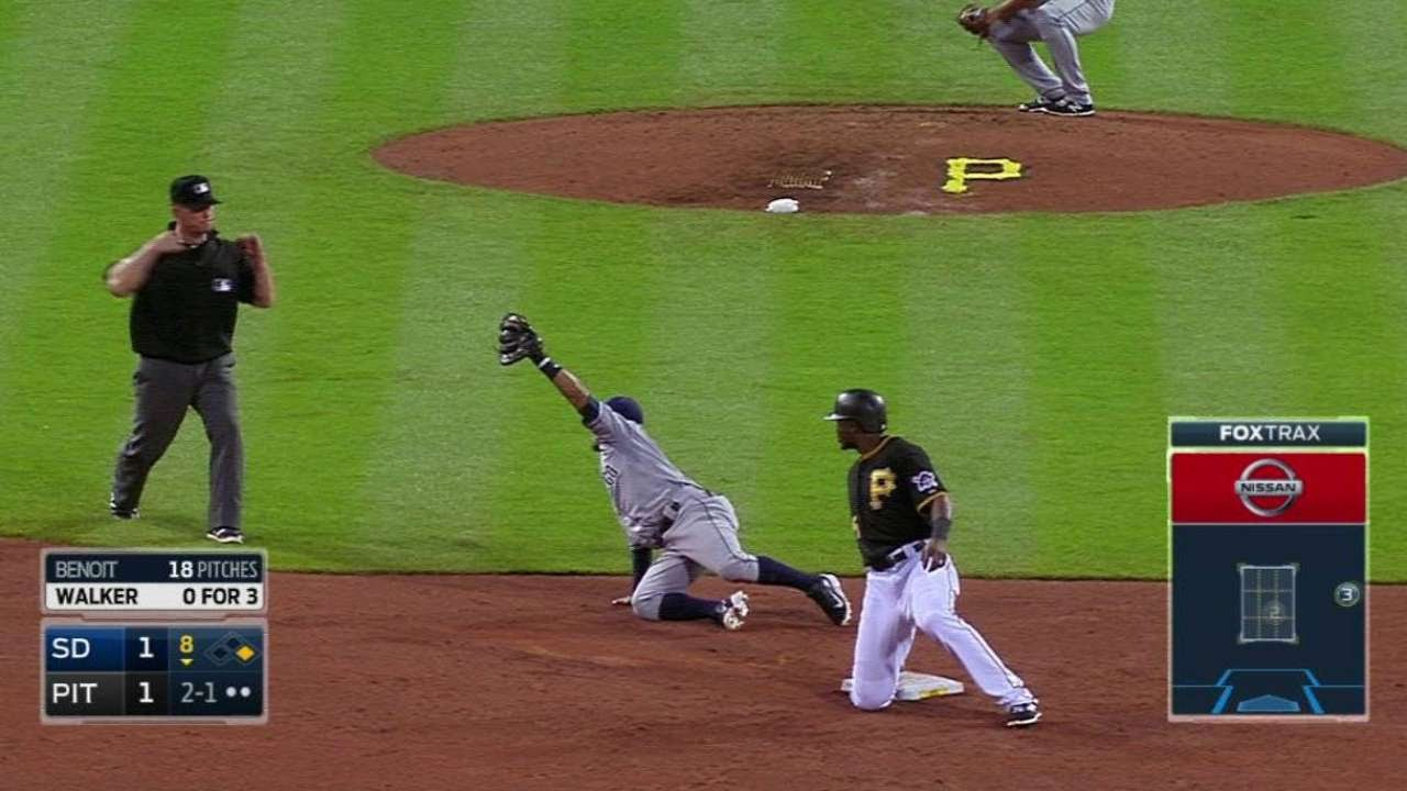 SD@PIT: Norris nabs Polanco to end the inning