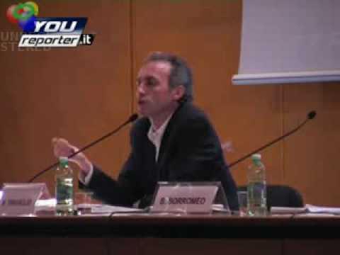 Travaglio su ricostruzione fatta da Berlusconi in tv della festa con Noemi' (17mag09)