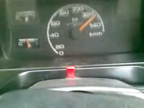 maruti 800 at 140km/h 5 speed Video