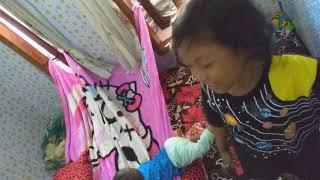 Dunia anak sholeh - bermain tenda dari selimut -