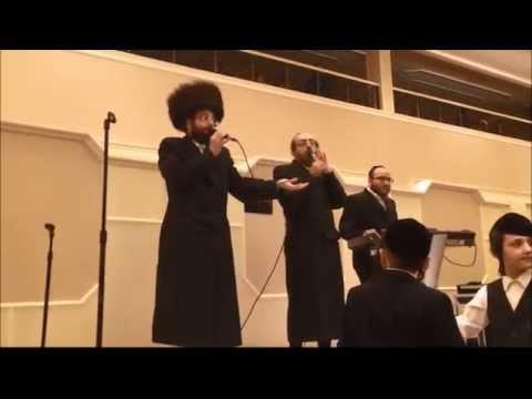 Shulem Moshe Freund With Arele Samet Singing At a Wedding חתונה עם שלום משה פריינד ואהרלה סמט
