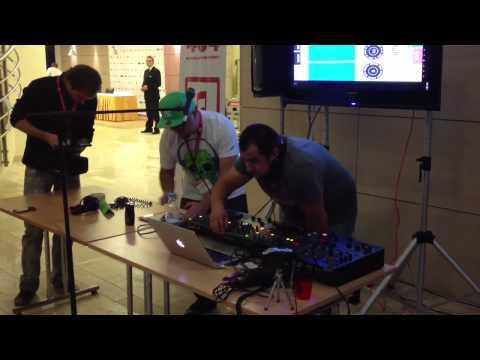 Кураж-Бамбей и DJ Pooh делают mashup на #404fest