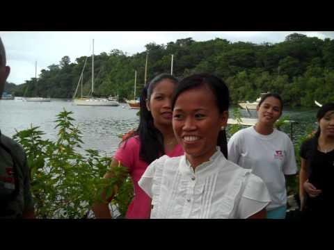 HOT Filipino Girls - Meet Filipina Girls Badladz Waitresses!