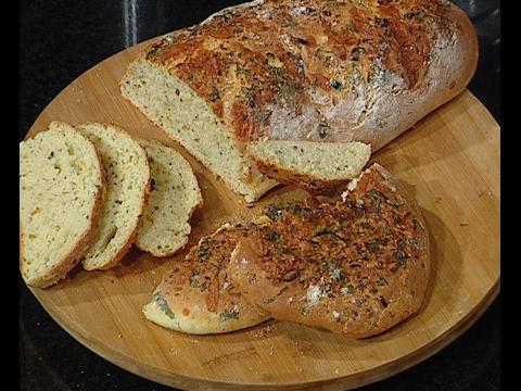 خبز الشيدر الحار   الشيف #وحيد_كمال  من برنامج #الفطاطرى #فوود