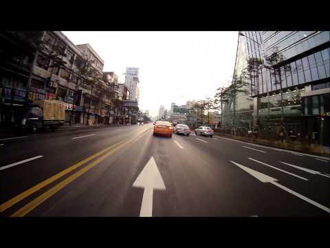 Seoul Motorbike Indecision