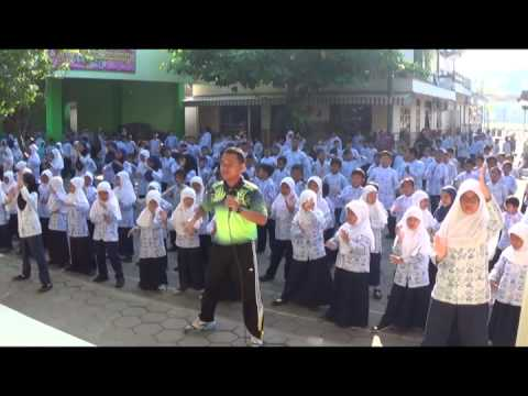 Senam Ria Anak Indonesia Mubata (srai) video