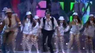 Download video SHAHID KAPOOR PERFORMANCE HQ - 2009 Mirchi Music Awards -