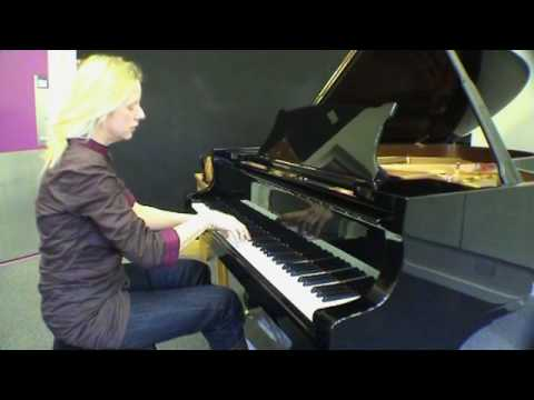 Valentina Lisitsa plays