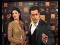 srk & salman khan at star guild awards 2014  Picture