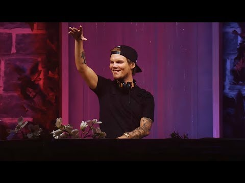 Avicii - Wake Me Up ◢◤ Tomorrowland 2015