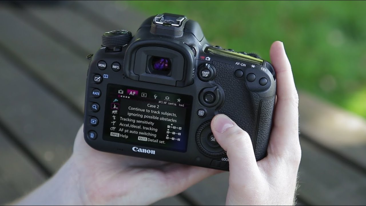 canon eos 7d ii hands on preview of the canon eos 7d. Black Bedroom Furniture Sets. Home Design Ideas