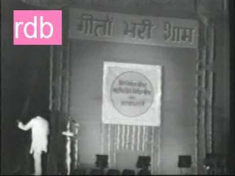 R.D.Burman Live 1976 - Performing Sholay Theme