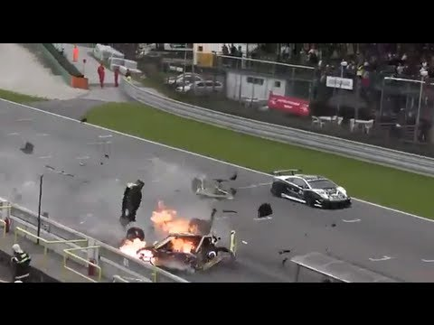 Lamborghini Gallardo LP560 High Speed CRASH !!!