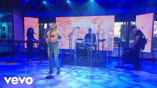 download lagu Julia Michaels - Issues Live On The Today Show gratis