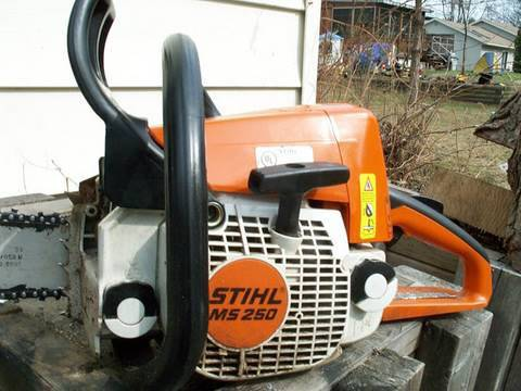 Repair of Stihl MS250 Chainsaw  PARTIAL ENGINE REBUILD - Part 1 of 4