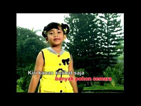 Naik Naik ke Puncak Gunung - Vinda (Official Video)