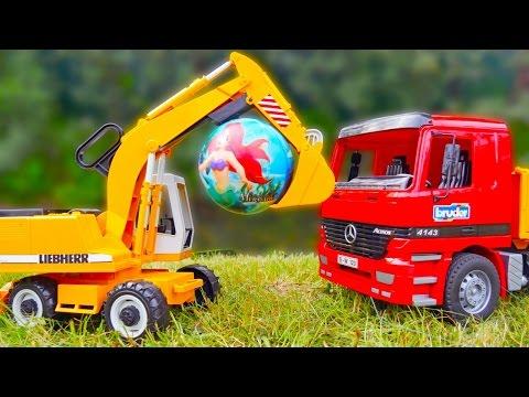 Игрушки для детей — Грузовик Мерседес, Экскаватор и мяч