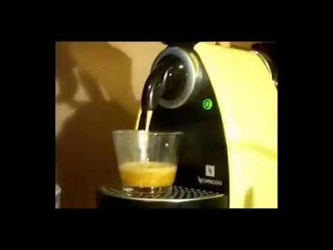 Ma cafetiere comment bien r ussir un caf avec une cafeti re italienne youtube - Comment detartrer une cafetiere ...