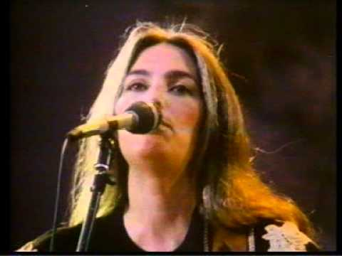 Emmylou Harris - Movin On