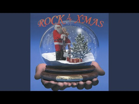 Everybody Loves Christmas (feat. Ronnie Spector)