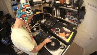 Dj Lesson Mixing Vinyl With No Key Lock House In To Old School Disco
