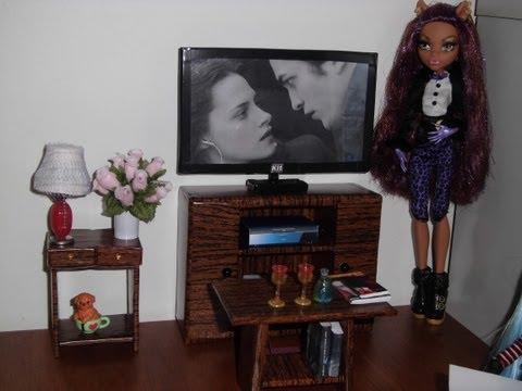Como fazer uma TV LCD LED para boneca Monster High. Pullip. Barbie e etc