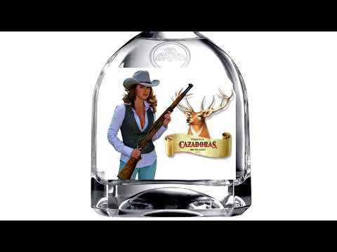 Tequila Cazadoras Lucero Comercial