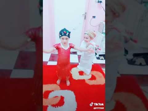 احلى رقص بلدي هههههههههه thumbnail