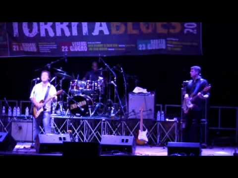 Joe Louis Walker @Torrita Blues 22.6.2012 001