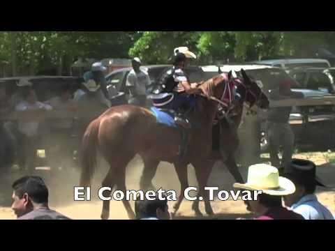 La Alacrana vs El Cometa  4-24-11