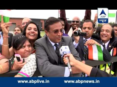Supporters Cheer Pm Narendra Modi On Andrews Air Force Base, Washington Dc video